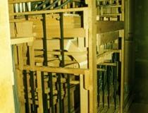 Rückseite der Orgel mit Innenleben