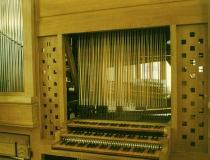 Orgelspieltisch mit Tastatur ohne Registerzüge