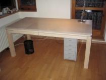 Schreibtisch mit Schublade in Birke